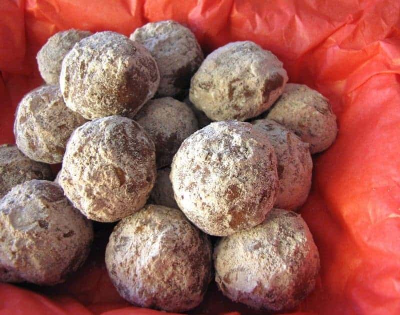 Mexican Hot Chocolate Balls