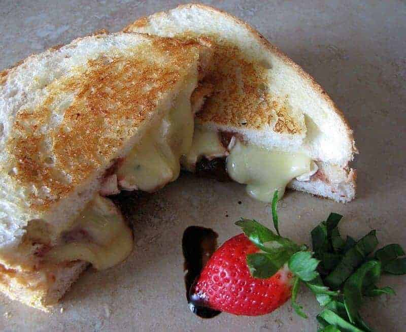 Roasted Balsamic Strawberries and Brie Grilled Sandwich