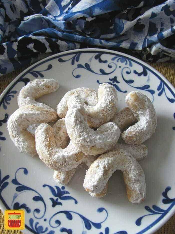 Greek Wedding Cookies In The Cookie Jar Sunday Supper