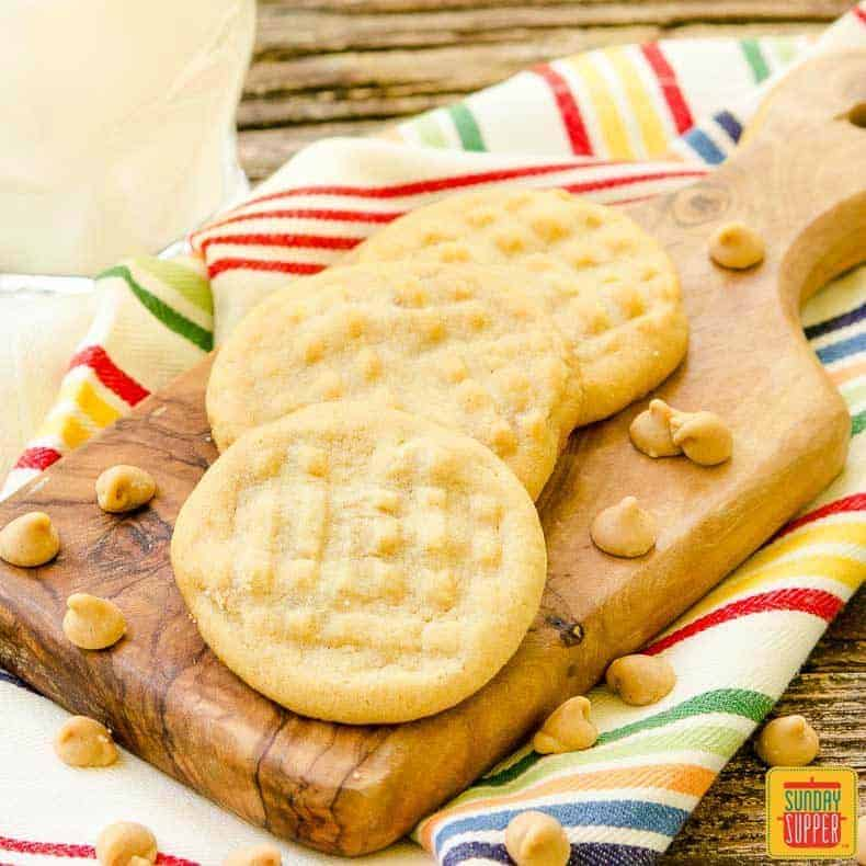 Double Peanut Butter Cookies in the #SundaySupper Cookie Jar