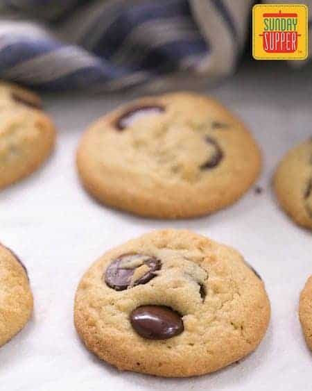 Soft Chocolate Chip Cookies #SundaySupper