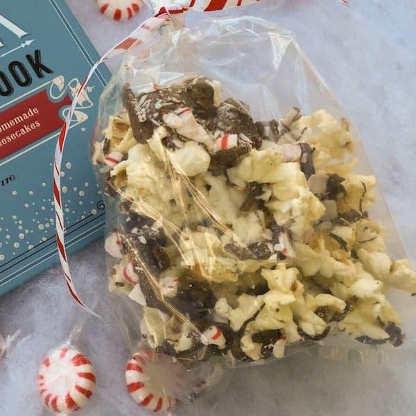 Peppermint Popcorn Bark #WeekdaySupper #Giveaway