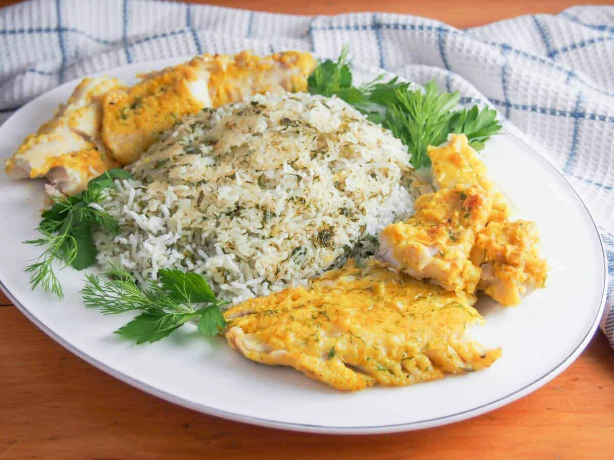 Persian herb rice sabzi polow weekdaysupper nowruz for Fish and rice diet