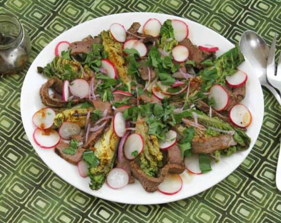 Grilled Lettuce and Steak Salad #SundaySupper