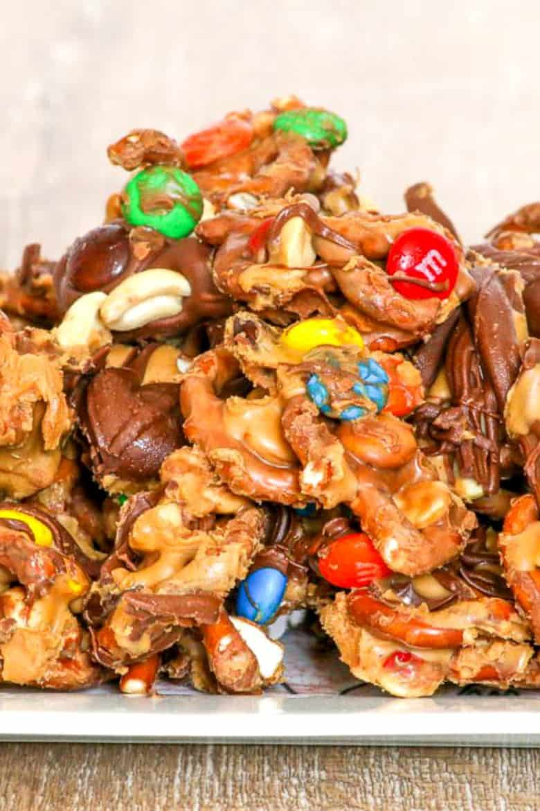 Quick chocolate peanut butter pretzel mix