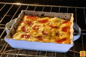 Pizza dip in the oven