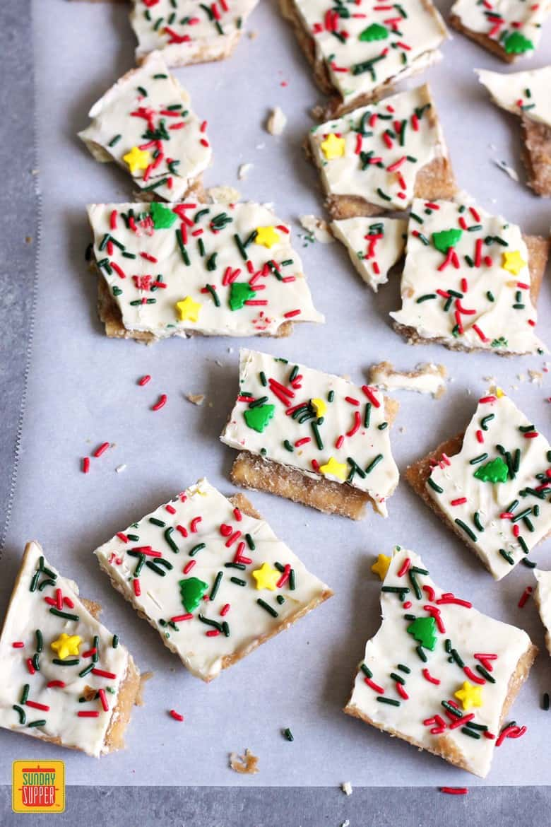 White Chocolate Christmas Crack Recipe #SundaySupper