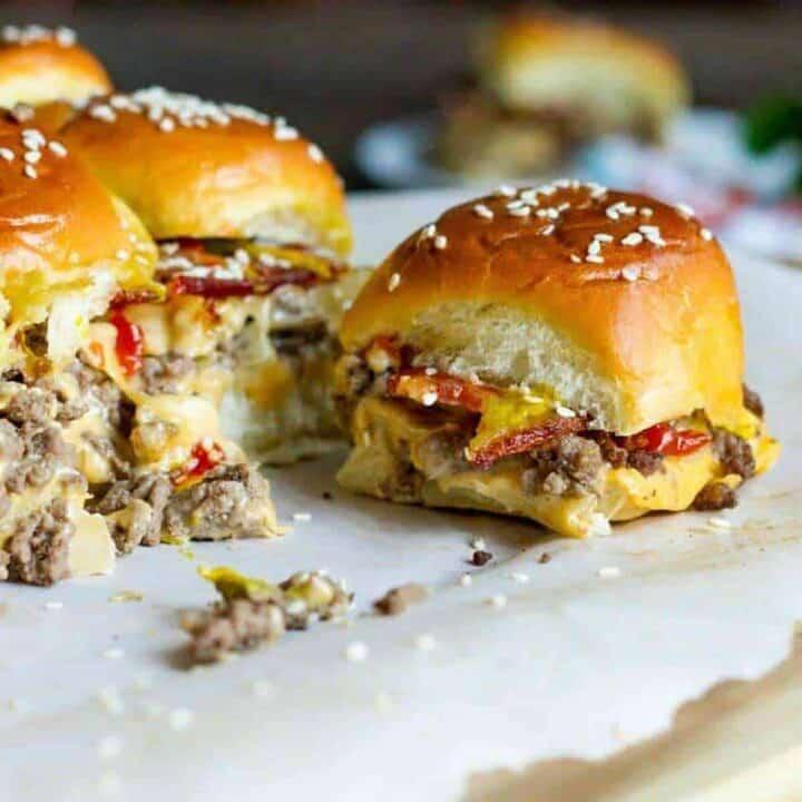 Bacon Cheeseburger Sliders #SundaySupper
