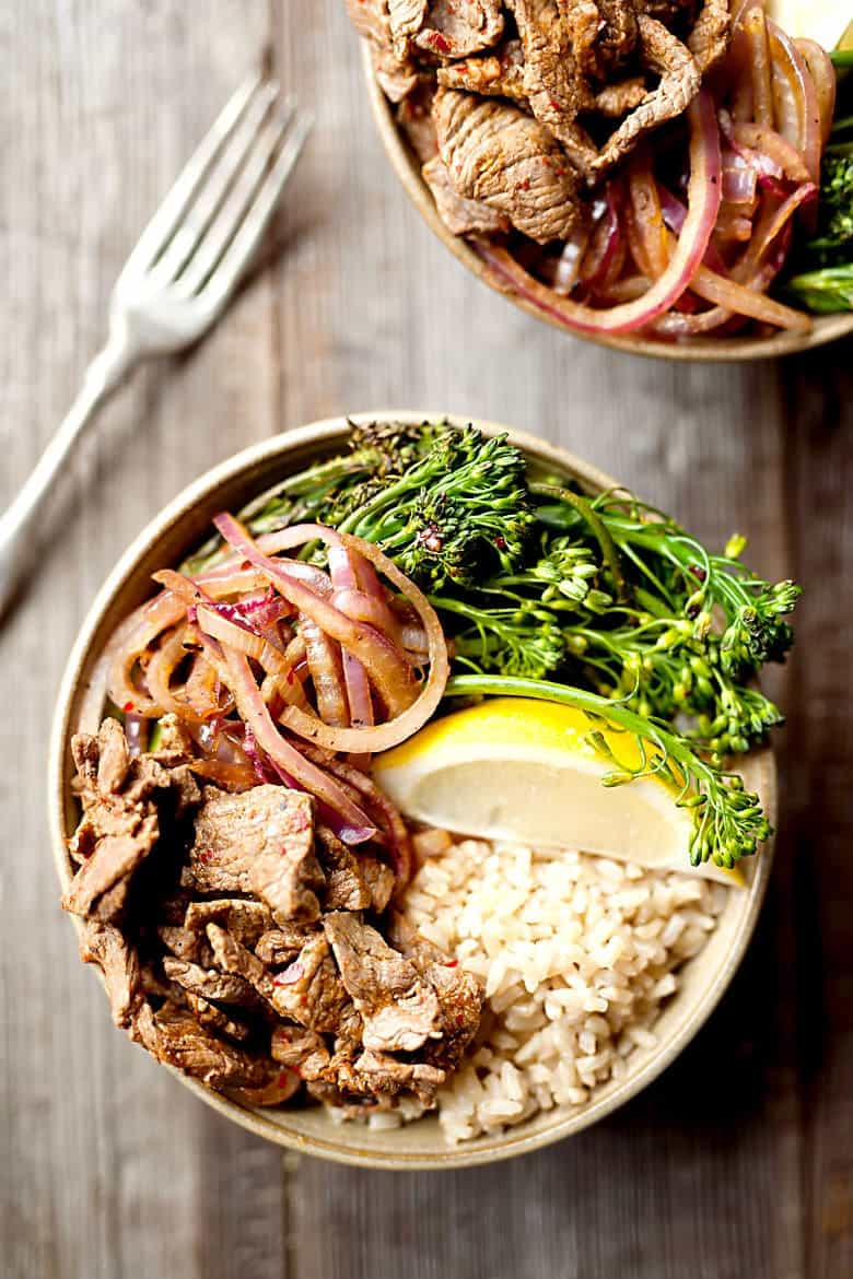 10 Minute Beef and Broccolini Bowls