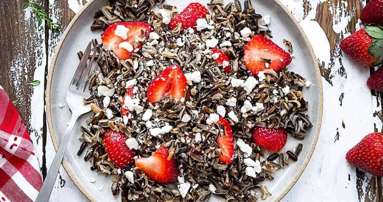 Healthy Strawberry Wild Rice Salad #SundaySupper