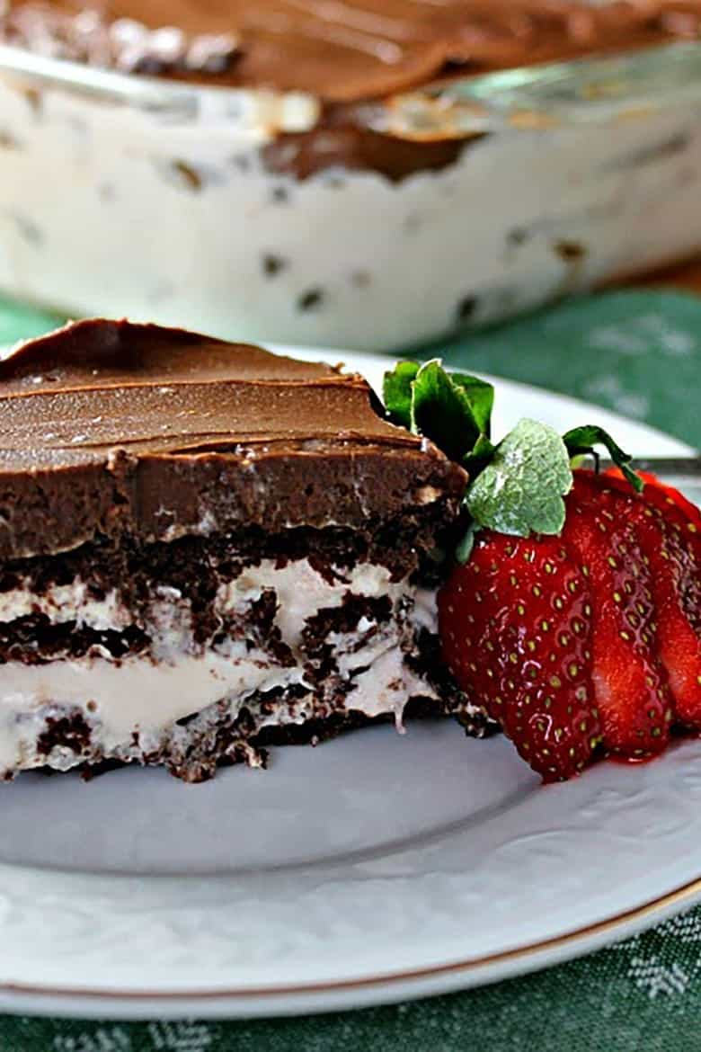 Chocolate-Strawberry Eclair Cake