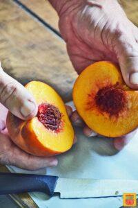 How to cut peaches - separating peach halves