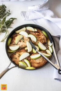 These One Pan Baked Apple Pork Chops is a quick and easy dinner perfect for Fall. One pan and comforting flavours your family will love.