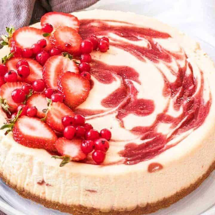 Strawberry Swirl Cheesecake - Top Recipes of 2019