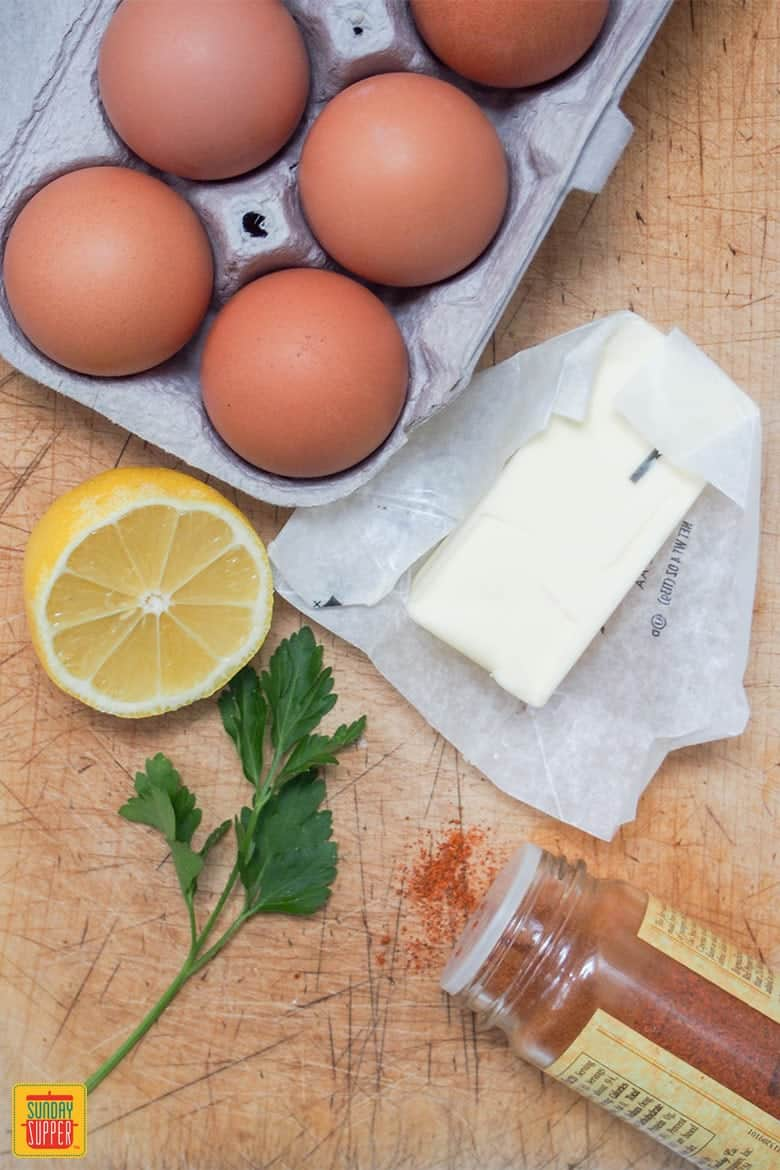 Ingredients for easy Hollandaise sauce