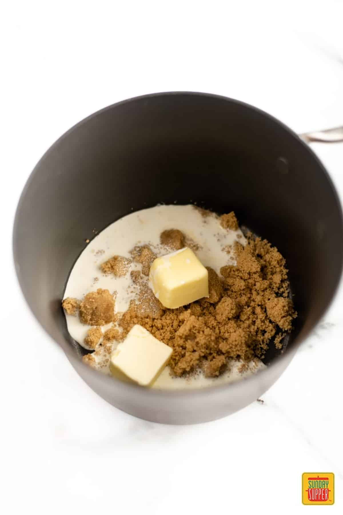 butterscotch sauce recipe ingredients in a deep pot