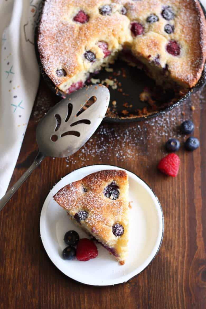 Mascarpone mixed berry cake by Wild Wild Whisk with fresh berries
