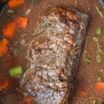 Save Slow Cooker Beef Gravy on Pinterest for later!