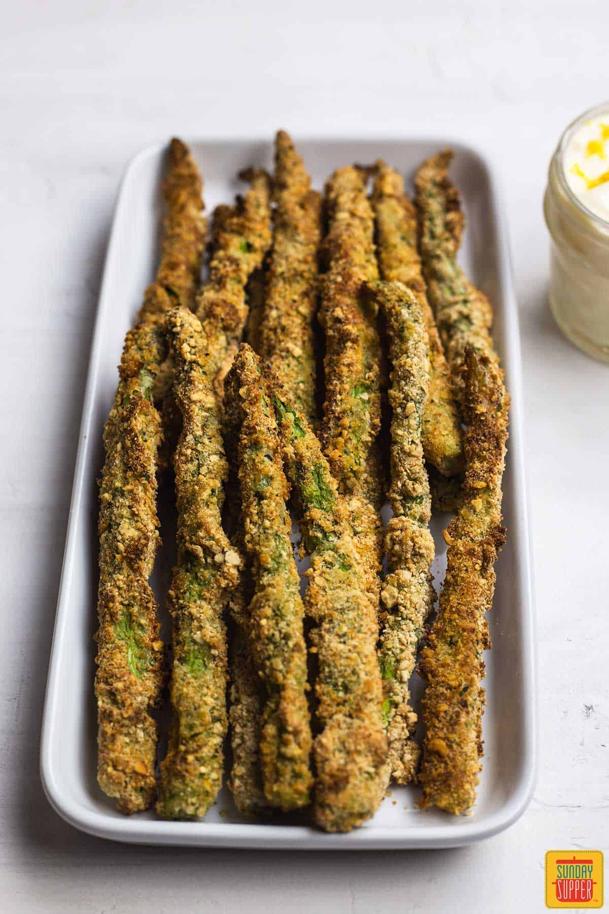 Asparagus air fryer recipe on a platter