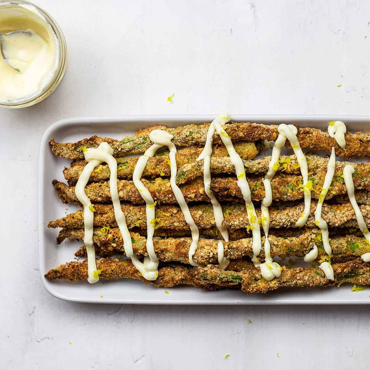 Air fryer asparagus with lemon aioli drizzle