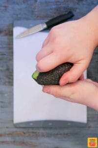 How to cut an avocado - opening the avocado halves