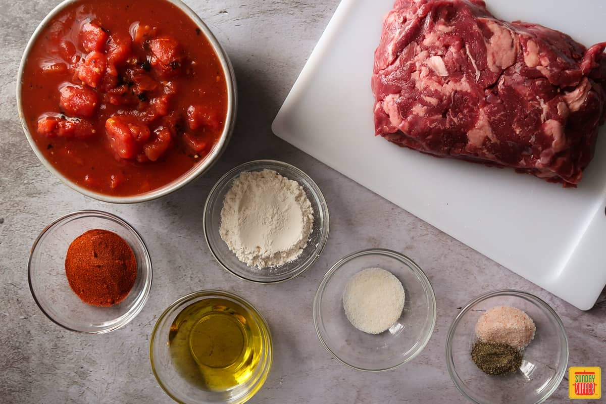 Ingredients to make carne picada