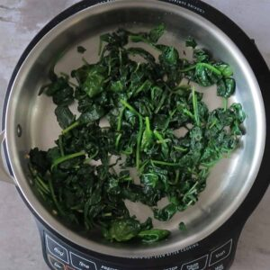 Sauteed spinach in a pan