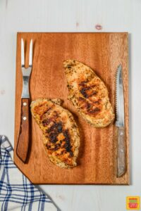 Griled chicken on a cutting board